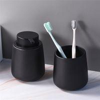 Distributeurs de savon liquide de cuisine Noir Bouteille en céramique Sanitizer Shampooing Douche de douche Distributeur de gel pour accessoires de salle de bain 210911