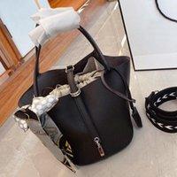 2021 المرأة حقائب اليد حقائب أعلى جودة حقائب الكتف عارضة حمل الحقيبة سلة الخضار الرباط بطانة مع وشاح الحرير