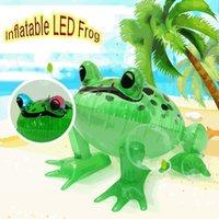 PVC Gonflable Green Grenouille Flotte LED Éclairage Toad Jungle Animal Jouet Jouet Summer Piscine Jouets Événement de l'événement Fournitures de fête