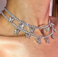 Luxury Women Butterfly Necklaces Gold Silver Animal Pendant Iced Out Choker Chains Fashion Bling Rhinestone Collar Jewelry Gifts for Girls