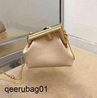 Bag Store First Designer 70% Factory Bags 2021 Early Fend Autumn First Series Metal Wrapped Clip Buckle Mini Chain Small Card Bag Zero Wallet