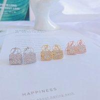 2021 Pendientes de moda 316L Acero inoxidable de lujo de lujo con encanto rosa bolsas de oro diseñador Pendiente de la joyería regalos con caja