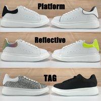 منصة أزياء الرجال النساء عارضة الأحذية أسود أبيض تعكس متعدد الألوان الذيل الفضة الترتر الليزر معدني الذهب العميق الأزرق رجل حذاء رياضة