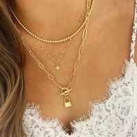 Goldfarbe Choker Halskette für Frauen 3 Schichten Schloss Stern Perlen Anhänger Kette Halsketten Anhänger Samt Chokers Modeschmuck
