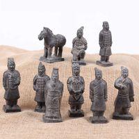 9pcs / set Army cinese in terracotta Figurina Qin Dinastia dell'esercito Scultura Decorazione della casa Artigianato artigianale con scatola regalo Q0525
