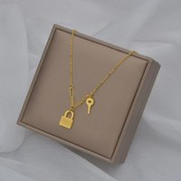 Fashion simple key-lock necklaces bathing non-fading titanium steel clavicle chain top-quality wholesale
