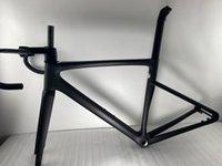2022 Nuevo marco de carbono de bicicleta de carretera Todo el freno de disco de cableado interno 700C CarbonFiber FrameSet compatible con DI2 y grupo mecánico