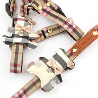 PET DOG HARNESS Abra 2 Conjuntos Classic Check Bow Teddy Cuello de peluche Cadena de cuerda para caminar para PEQUEÑOS PET MEDIO ARNIMIENTO ENTREÑA CORREA Set H0814