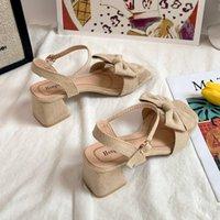 الصنادل الأحذية السوداء الإناث عالية الكعب مشبك حزام الربيع البرية البيج العصرية والمريحة القوس
