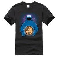 مضحك تي شيرت كوكي الوحش السمسم العالمي الأرض الفضاء الجرافيك الأزياء الكرتون الرجال 100٪ القطن بلايز العادي قصيرة الأكمام 210420