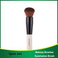 Makeup Brushes Full And Dense Coverage Wood Handle Soft Round Bristle Face Powder Blush Contour Brush Make Up Tool