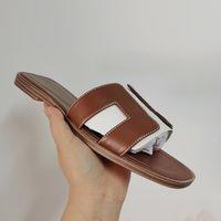 Designer Oran Flat Slides Sandal Mulheres Sanal Slipper Senhoras Genuine Calfskin Sapatos Moda Ao Ar Livre Marrom Preto Beach Flats Top Quality 15 Cores 278