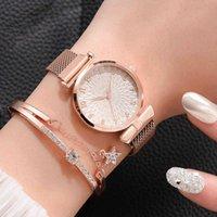 Diseñador Relojes de marca de lujo Mujeres Pulsera de cuarzo para damas magnéticas Vestido deportivo Dial Rosa Reloj de muñeca hembra