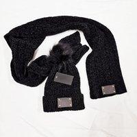 2021 nova moda inverno e outono chapéu quente chapéu de alta qualidade cap homens mulheres de malha lenço chapéus marca de duas peças Definir homens femininos beanie com logotipo l008281