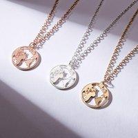 Women Fashion Travel Jewery Globe World Map Necklace Hollow Earth Round Pendants Bt Friends Gift Accsori