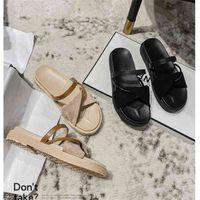 INS VENTA CALIENTE VENDE LA MODA DE VERANO DE VERANO DE VERANO NUEVO ESTILO PLATAFORMA DE LUZ ABIERTAS LIGHT DESAGADORAS DE LADAS Zapatos de vestir