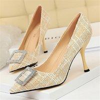 Yüksek topuklu ayakkabılar stiletto topuk terlik sandalet şarap kadehi ile sığ sivri burun renk blokaj bez metal rhinestones kare toka ayakkabı