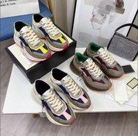 Top 7A Designer Rhyton Sneakers Bege Homens Trainadores Vintage Luxo Chaussures Senhoras Sapatos Designer Sapatilhas com Caixa Tamanho 35-46