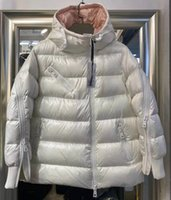 Donne in nylon corto piumino con cerniera chiusura con cerniera tasche spesse cappotto caldo classico designer donna staccabile cappuccio invernale in inverno