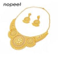 Juego de joyas Color de oro Collares Collar Pendientes Conjunto Dubai Ornamento de boda Regalos nupciales para mujeres Conjuntos de joyería de fiesta africana 1009 T2