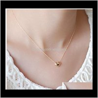 Necklaces & Pendants Drop Delivery 2021 Design Simple Fashion Jewelry Women Short Accessories Elegant Lovely Gold Heart Shaped Pendant Neckla