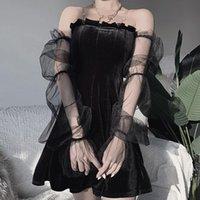 Abiti casual Black Mesh Sexy Dress Vintage Velvet fuori spalla Trasparente Lanter Manica Mini donna Dark Chic Street per le donne