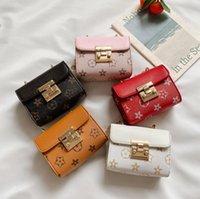 Mädchen Designer Fünfzeige Stern Muster Handtaschen Klassische Buchstaben Druck Einzelner Schulter Crossbody Bag Hohe Qualität Mädchen Western Styles Mode Mini Messenger Bags
