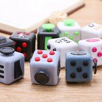 Fidget Cube Jouets Stress Soulager Squeeze Squeez-vous Fun Decompression Anxiété Attention Attention Magic Occupé Cadeau