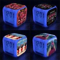 오징어 게임 알람 시계 LED 다채로운 색상 변경 시계 어린이 학생 밤 빛 선물 광장 시계 패션 번호 알람 시계 G01TPTC