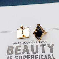 Pendientes de acero de titanio de oro y plata Colgante Dangle la letra de las mujeres D Home Designer Cumpleaños de lujo Regalo de regalo Joyería no se desvanece al por mayor