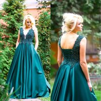 Hunter Green A Line Prom Dresses V Neck Lace Appliqued Beaded Evening Dress Corset Up Back Sleevesless Satin Formal Party Gowns Plus Size
