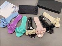 2021 Jelly Camellia pantofole Parigi caramelle colorate da donna pianeggianti scarpe da donna scarpe da ginnatura quadrata scarpa di gomma OG estate indoor slipper flip antiscivolo flops sandalo