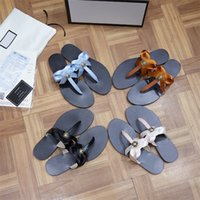2021 A18 디자이너 여성 샌들 숙녀 럭셔리 정품 가죽 슬리퍼 플랫 신발 오란 샌들 파티 웨딩 신발 상자 크기 35-42