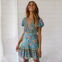 Kadın Bohemian Elbiseler Plaj Pileli Baskılı Elbise Kısa Kollu Derin V Büyük Salıncak Diz Mini
