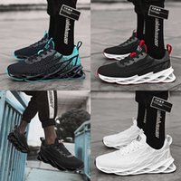 أحذية عارضة الربيع والصيف جديد حجم كبير تحلق شبكة أحذية الاتجاه بليد الرياضة الترفيه عارضة الرجال الصغيرة البيضاء YMUC P20I