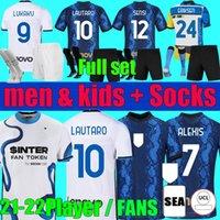 المشجعين لاعب الإصدار 21 22 Lukaku Barella Soccer Jersey Lautaro Eriksen Men Kids Kit 2021 2022 فيدال الكسيس كرة القدم قميص الجوارب مجموعة زي الرابع كولاروف