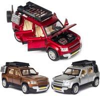 132 Alloy Car Land-Rover Defender Modelo Revendedor Rover Sports Car Modelo Som e Light Voltar Crianças Brinquedos Favorito