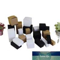 50 قطعة / الوحدة الطبيعية كرافت ورقة مربع مكعب الثنية أعلى هدية مربع الزواج الحزن cajas التجميل جرة تغليف مربع حزب اللوازم