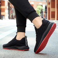 Top Quality 2021 Arrival Men Running Shoes All Black White Red Mens Sports Sneakers Trainers Size 39-45