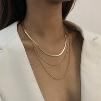 Amazon's popular multi-layer chain, geometric simplicity and exquisite clavicle chain temperament girl sweet personality Necklace