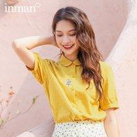 Blusas das mulheres Camiseta Inman 2021 Chegada de Verão Lapela de Algodão Literário Simples e Elagant Embroiordered Casual Manga Curta Blusa