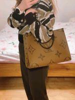 LVLOUISBAGVITTON Women Leather Luxury Designer Handbag Female Fashion Messenger Crossbody Bag Purse Lady Tote VUTTON MICHAEL 999