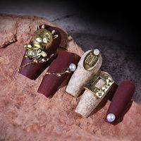 مسمار الفن سحر 11-18mm الذهب الديكور الذهب نمط الكلاسيكية فتاة باردة