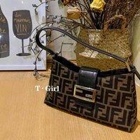 Armpit Vintage Crescent Bag for Women in Autumn and Winter Women Luxurys Designers Handbag