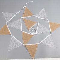 Spitze Sackleinen Dreieck Banner DIY Dekoration Dusche und Partei 12 Flaggen Weiß Blumenspitze Kollektion Rustikale Leinen Wimpel FWB8723