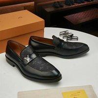 Hommes de luxe Véritable Ailes d'aile italienne Chaussures en cuir Designer pointu one-up Oxfords robe Broglues Fête de mariage Chaussures d'affaires