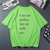 رسائل تي شيرت المرأة أنا لست مثالي ولكن أظافري هي طباعة مضحك القمصان النساء رواج لطيف الصيف الأعلى الإناث قميص كبير الحجم