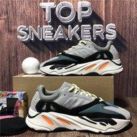 En Kaliteli Erkekler Kadınlar 700 Koşu Sneakers Desiger Ayakkabı Teal Mavi Mıknatıs Katı Gri Hastane Atalet V2 Statik Utility Siyah Spor Sneaker Kutusu