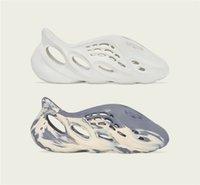 2021 Originali Scivola Pantofole Schiuma Schiuma Scarpe Scarpe Sabbia Mxt Moon Grey Ararat Kanye West Resin Desert Earth Brown Bone Sandali Bone Sandali da uomo Donne da donna Sneakers Dimensione US4-13