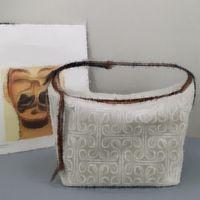 수석 클래식 숙 녀 디자인 인쇄 수 놓은 도시락 상자 가방 원 어깨 겨드랑이 가방 간단한 캐주얼 캐리 - 온 캔버스 패키지 복고풍 대용량
